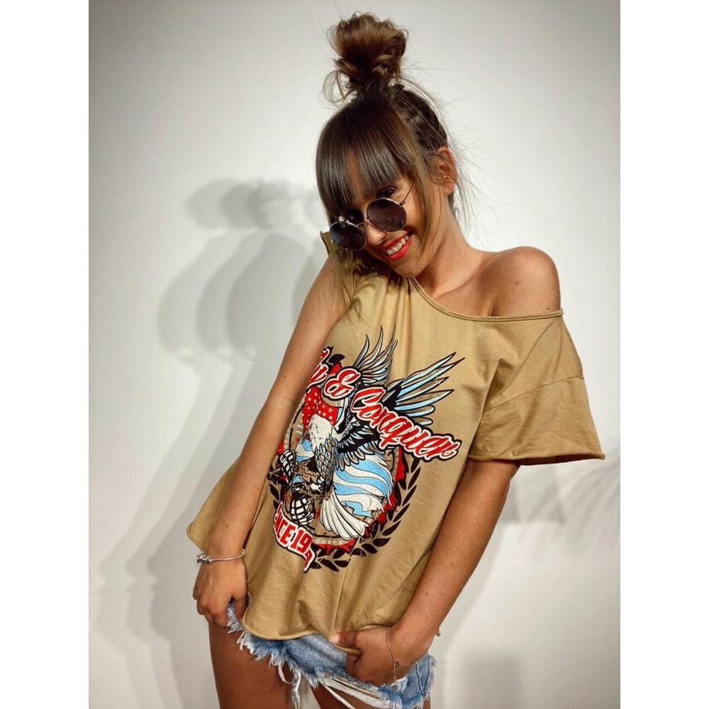 Camiseta Águila FLY AND CONQUER Camel Heve